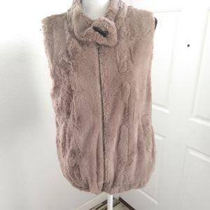 Sanctuary Surplus faux fur vest size medium